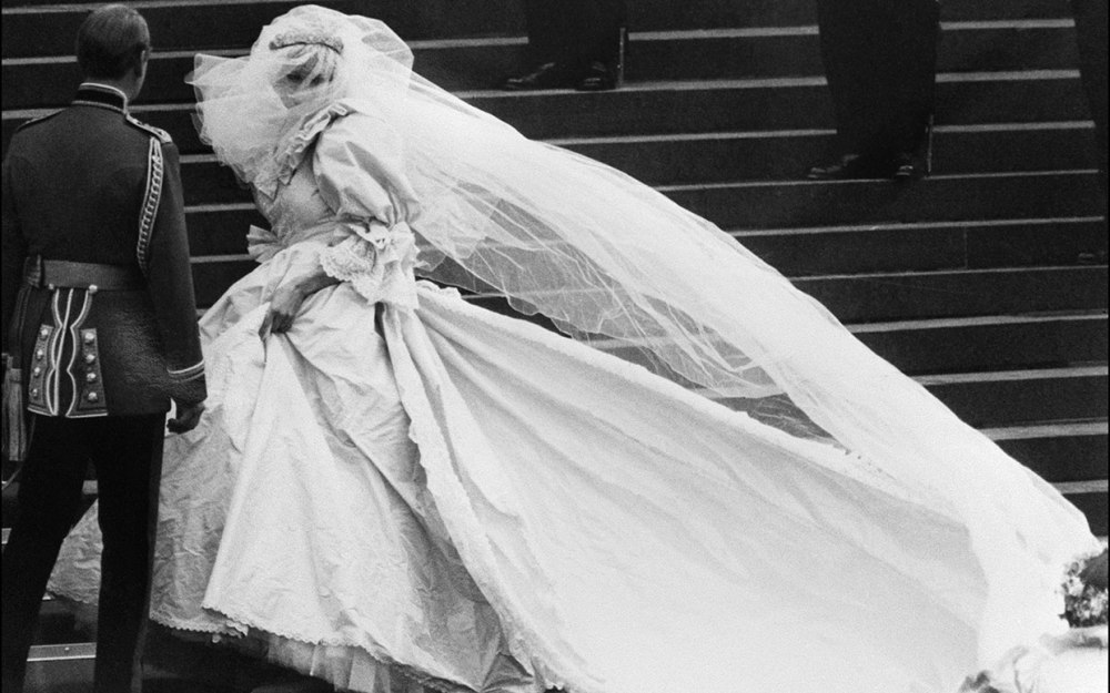 princess-diana-wedding-photos-ftr
