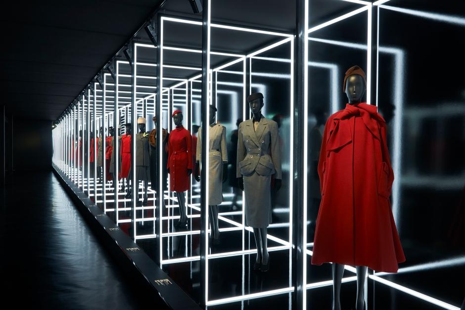 Dior_La_Maison_Dior_Christian_Dior_Couturier_du_Reve_Exhibition_05