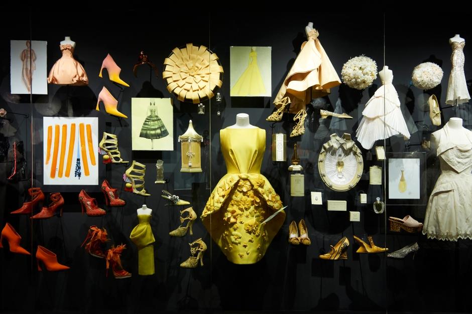 Dior_La_Maison_Dior_Christian_Dior_Couturier_du_Reve_Exhibition_25