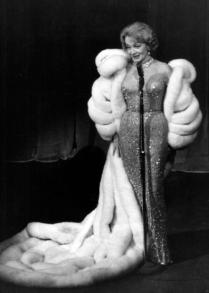 Marlene Dietrich + Jean Louis + Las Vegas 4