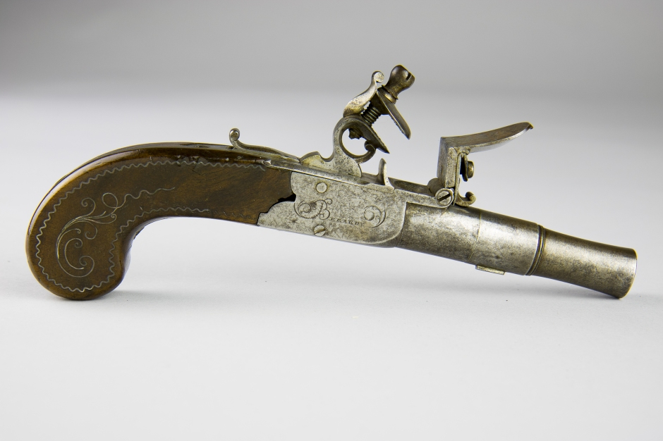 1992-1-94_Pistolet © Musée Stewart