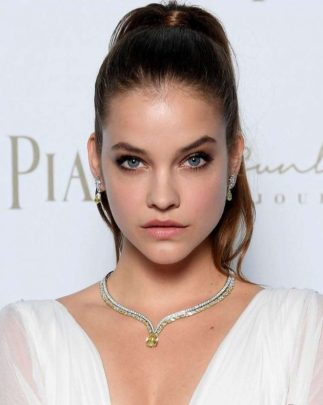 Barbara-Palvin-–-Piaget-Sunlight-Journey-Collection-Launch-in-Rome-3