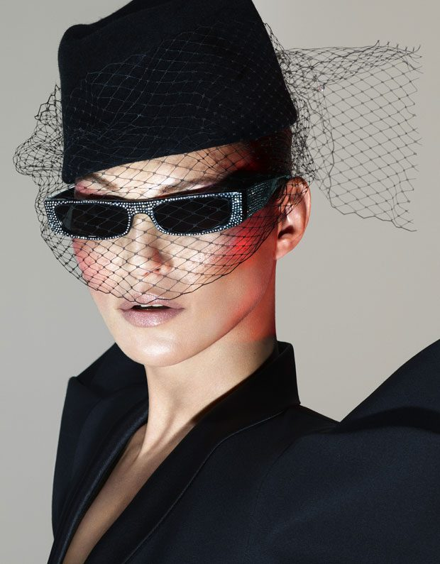 Alain-Mikli-Alexandre-Vauthier-Kate-Moss-1-620x795