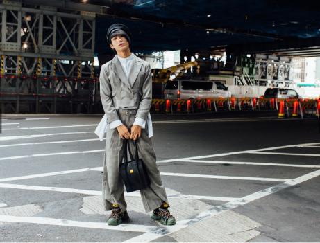 Screenshot_2018-10-23 Street Style look e tendenze dalla Tokyo Fashion Week PE19 - Vogue it(6)