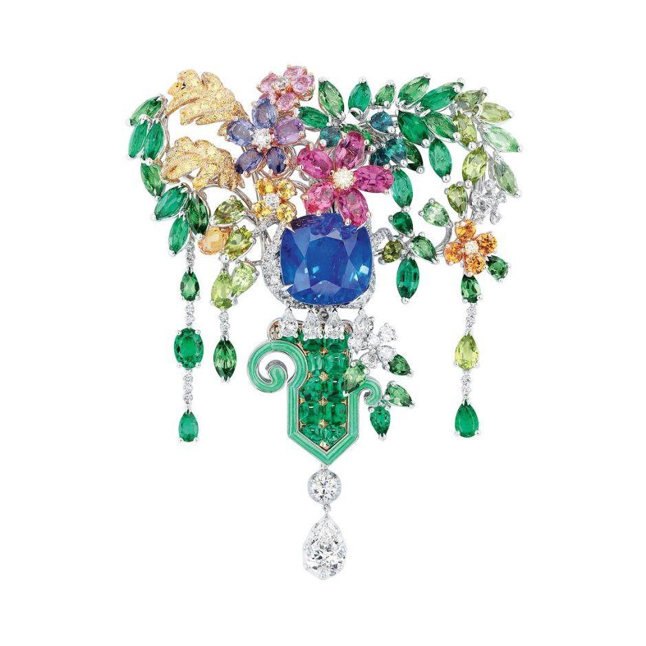 Full_Dior_Haute_Joaillerie_Brooch_Dior_Versailles_Cote_Jardins_01a_JVER93069