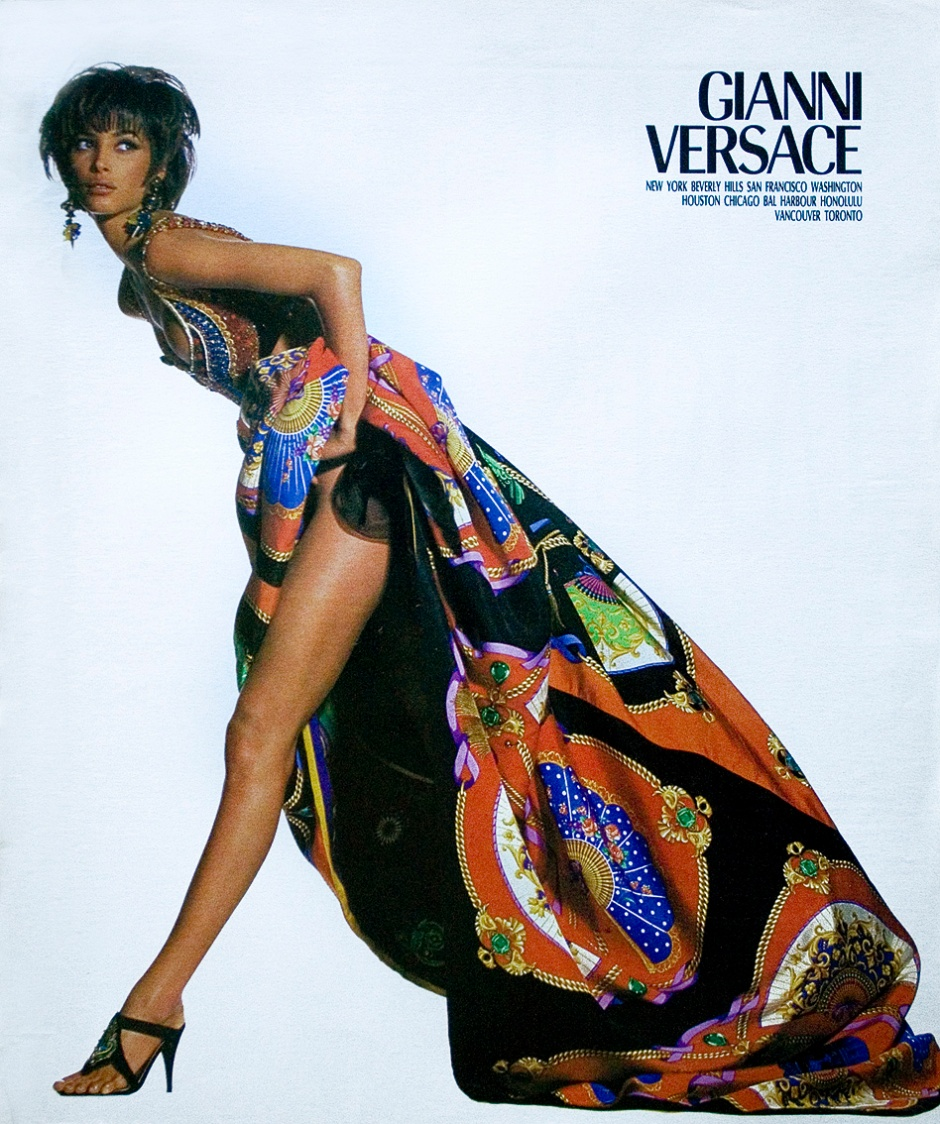 we__versace-_naomi_campbell_linda_evangelista__christy_turlington_for_versace_spring_1991_by_irving_penn-_www-imageampilfied