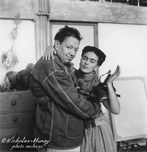 frida-and-diego-with-gas-mask.jpg