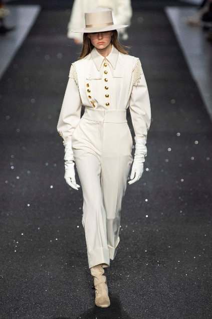 Screenshot_2019-03-27 7 Top Trends From the Milan Fall 2019 Runways1.png