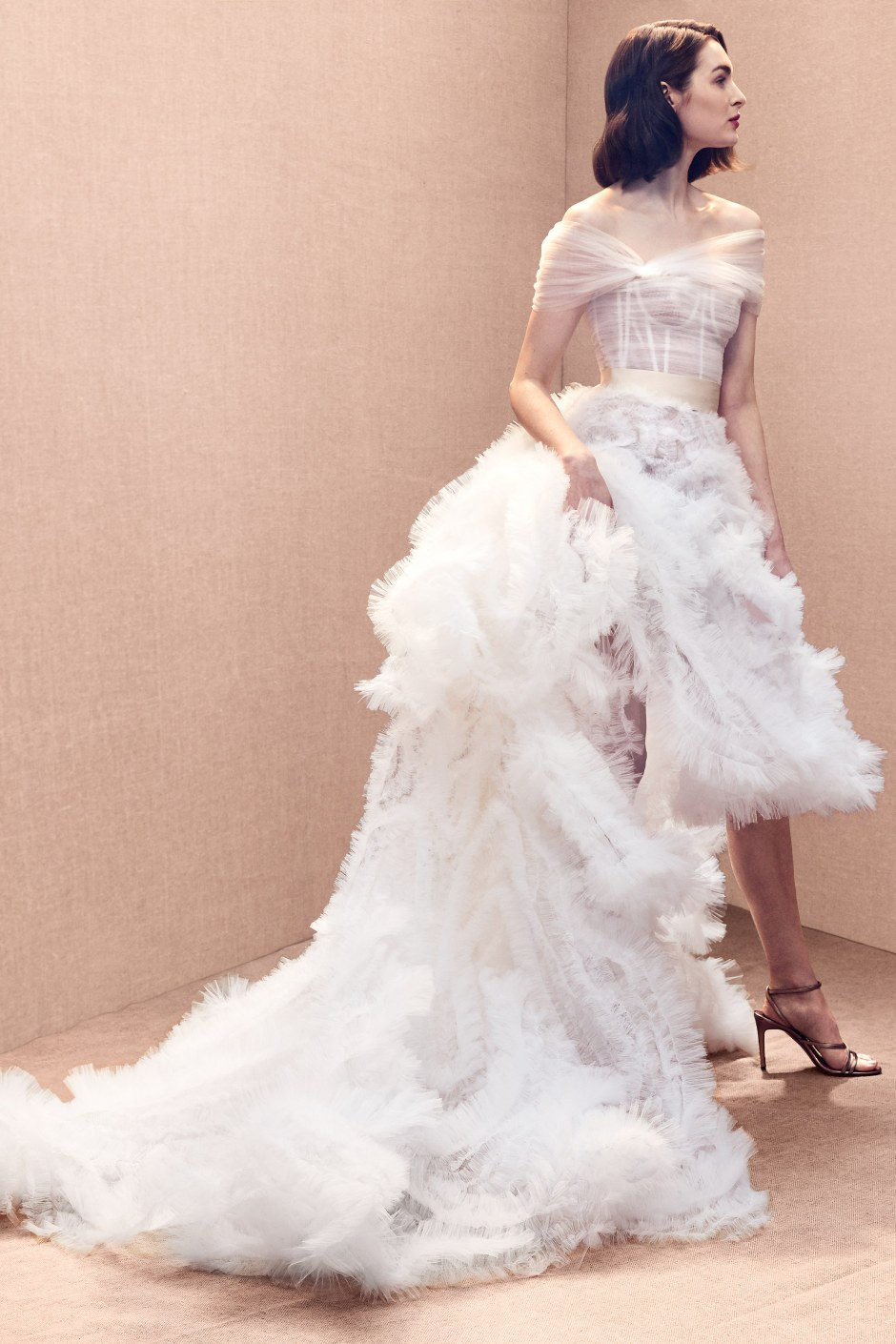 oscar-de-la-renta-wedding-dresses-spring-2020-012