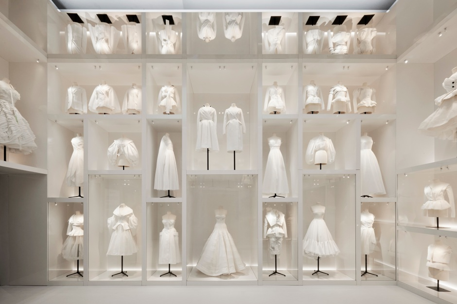 DIOR_V&A_EXHIBITION_SCENOGRAPHY_04