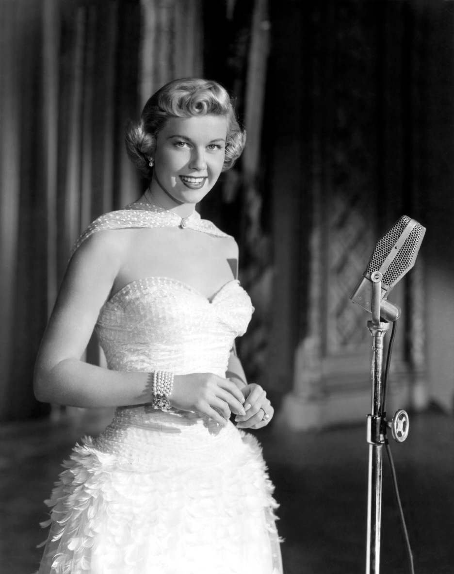 Doris-Day-circa-1940