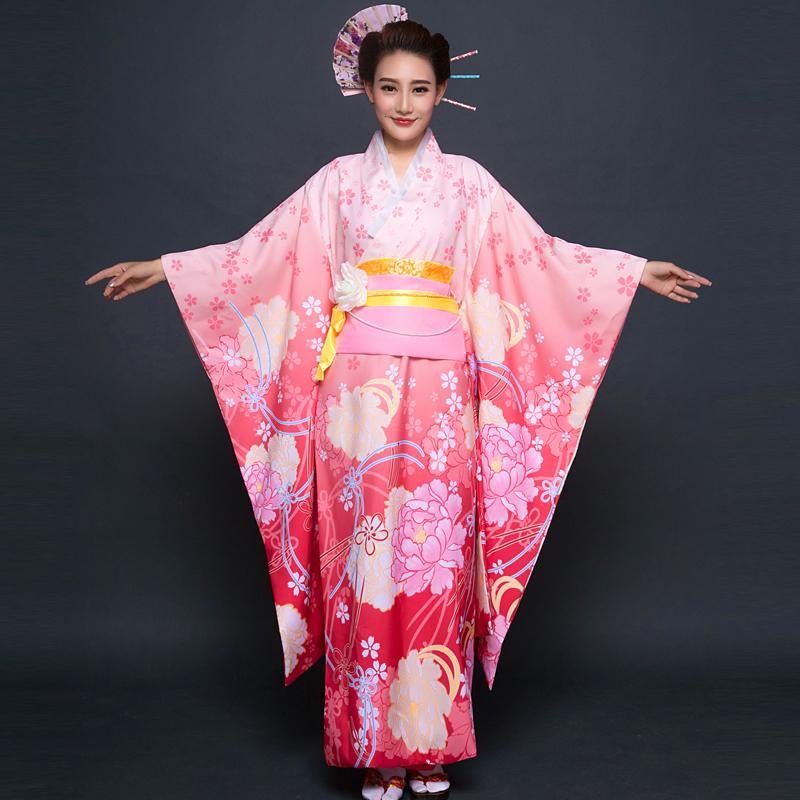 2018-summer-traditional-japanese-kimonos