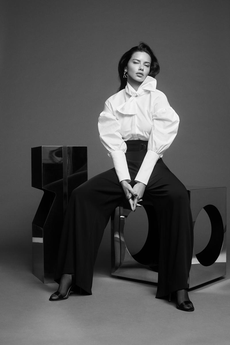 Adriana-Lima-BCBGMAXAZRIA-Fall-2019-Campaign06