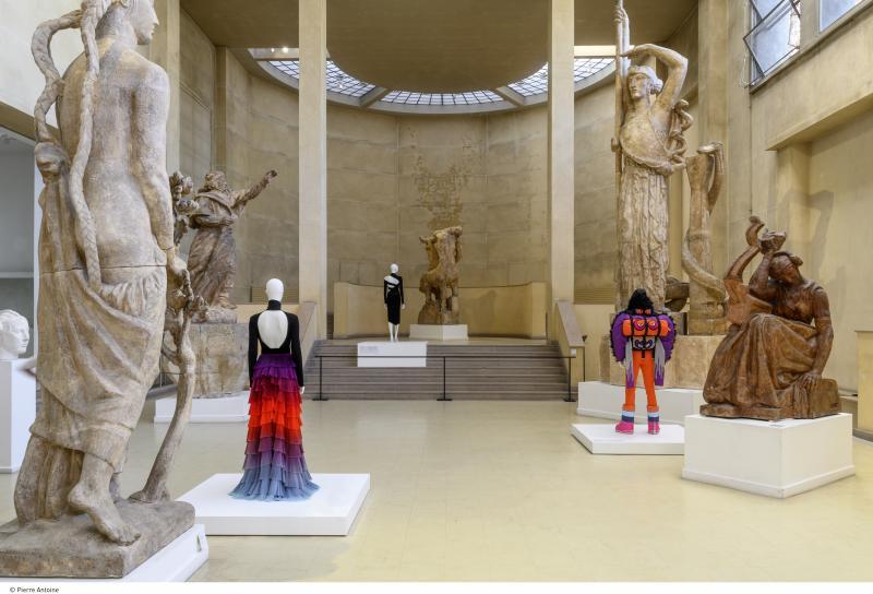 galliera-backside_1923_hd_cparis_musees-pierre_antoine_1_0