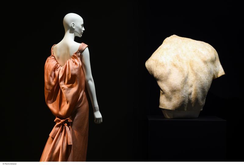 galliera-backside_2000_hd_cparis_musees-pierre_antoine_1_0
