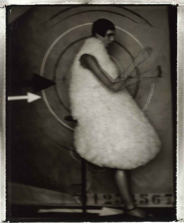 2.20TheClock,SarahMoon,1999