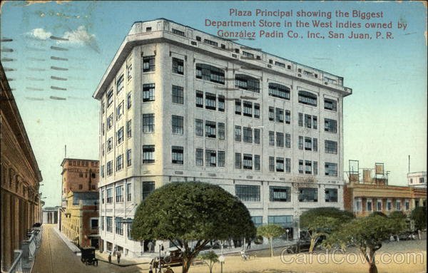Plaza Principal Showing the Biggest Department Store in the West Indies