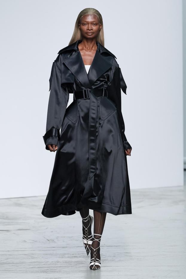 SS-2020-Fashion-Show-Mugler