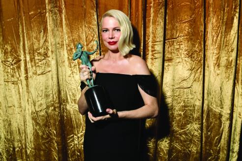 LOS ANGELES, CALIFORNIA - JANUARY 19: Michelle Williams, winner of the for Outstanding Performance by a Female Actor in a Television Movie or Limited Series, poses with award during the 26th Annual Screen Actors Guild Awards at The Shrine Auditorium on January 19, 2020 in Los Angeles, California. 721313 (Photo by Emma McIntyre/Getty Images for Turner)