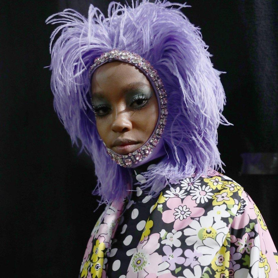 Milan-Fashion-Week-Moncler-Makeup-Hair