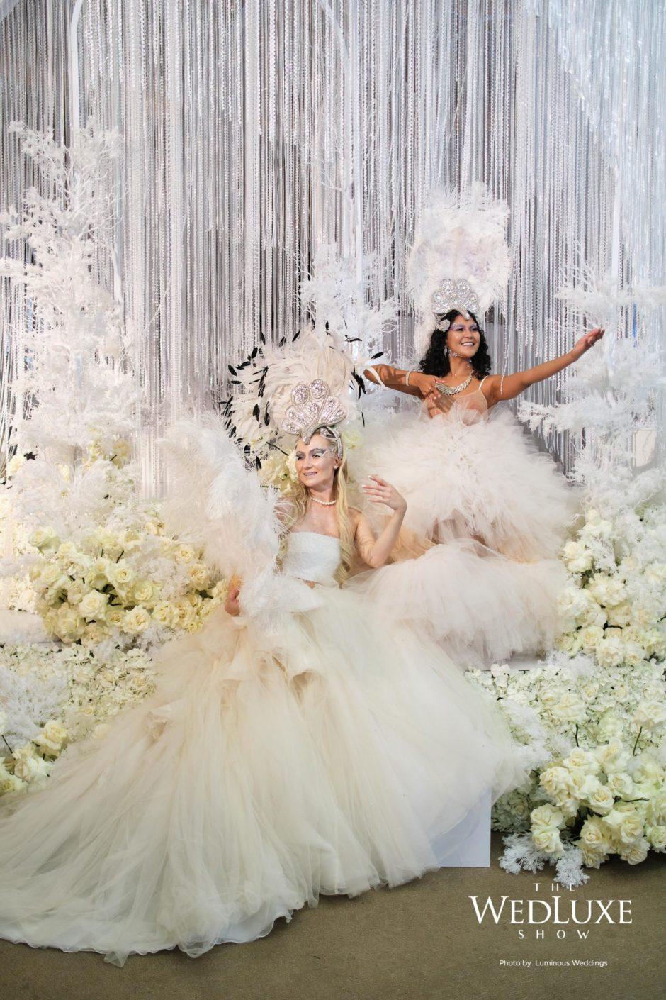 0104_Luminous_Weddings-712x1068@2x