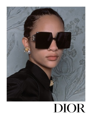 2_Dior_femme_campagne_ss_2020_eyewear_3