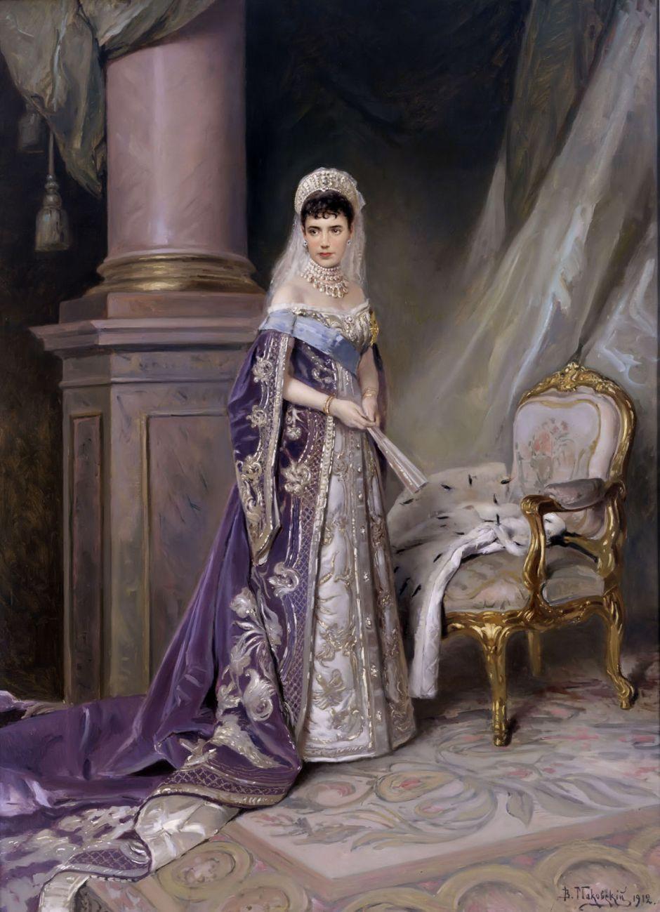 1200px-Maria_Fedorovna_by_V.Makovskiy_(1912,_Russian_museum)