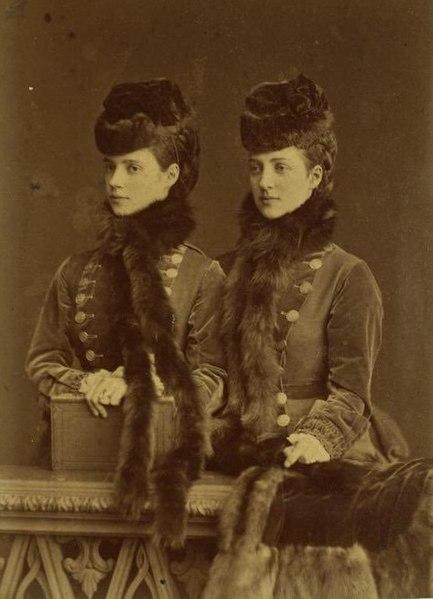 433px-Alexandra_and_Dagmar_of_Denmark_by_Bergamasco_1875