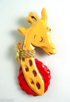 9c438e65852b92983a740e95c40468b6--giraffe-jewelry-vintage-jewelry
